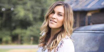 Alaina Blair performs in Temecula Wine Country