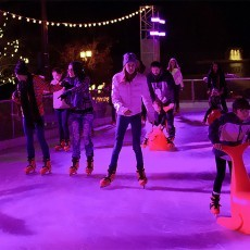 """Skaters using the """"Bobby"""" seal skating aide at Temecula on Ice"""